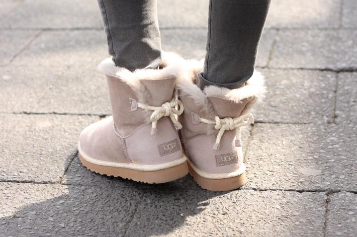 Ugg Selene booties