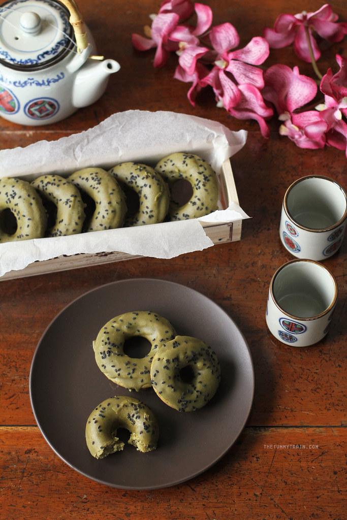 17122915338 ac7cda6b88 b - Baked Matcha Doughnuts for my Japan Hangover