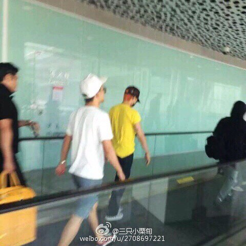 more BIGBANG arrival Shenzhen 2015-08-07 (24)