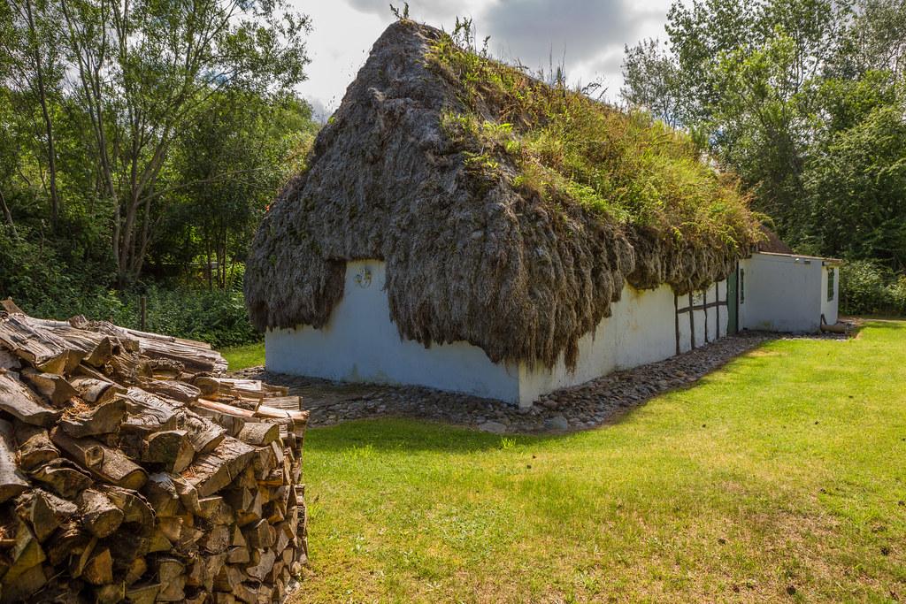 Læse Tangtage - Seaweed Roof
