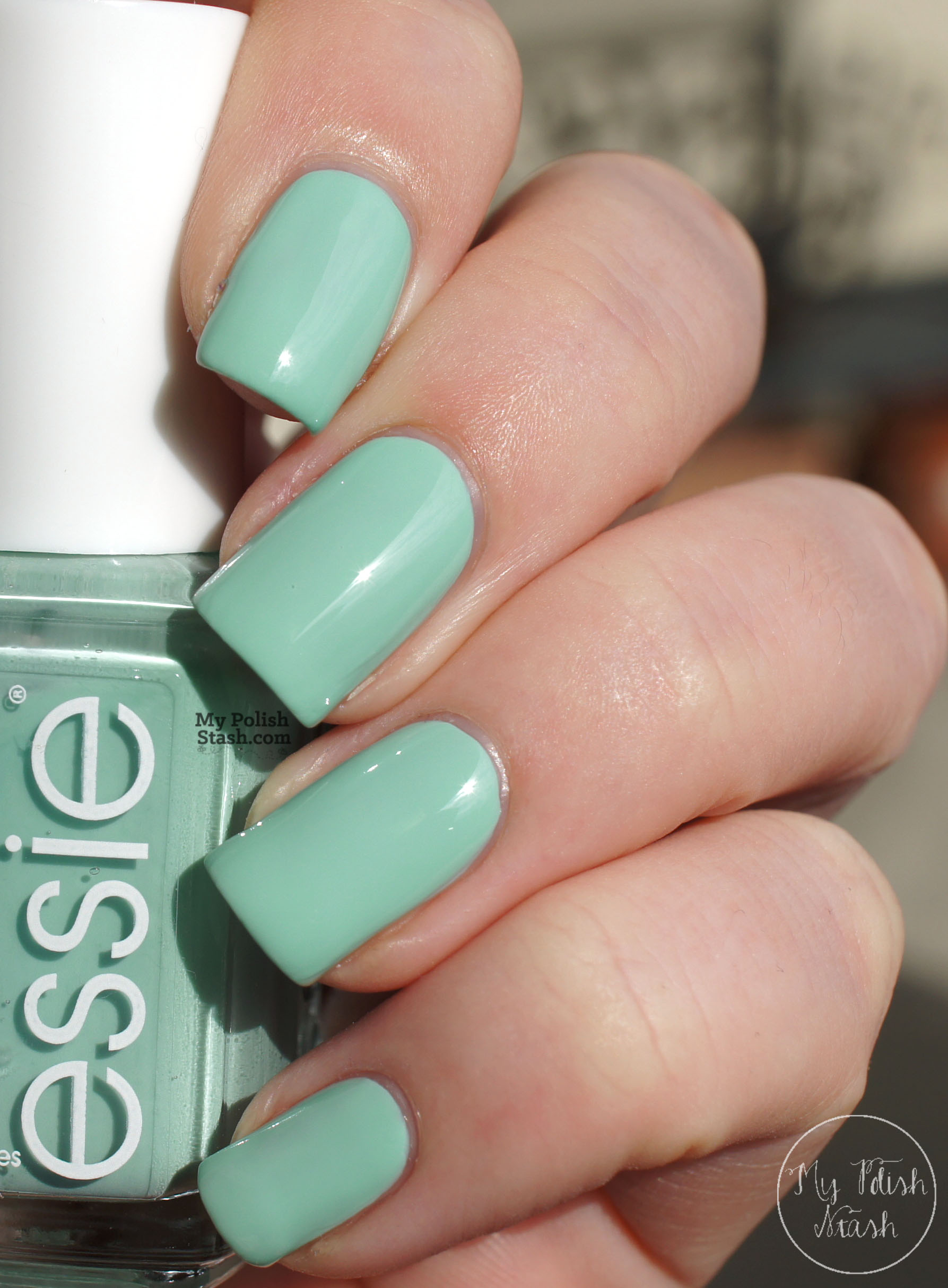 essie-mint-candy-apple-swatch-2