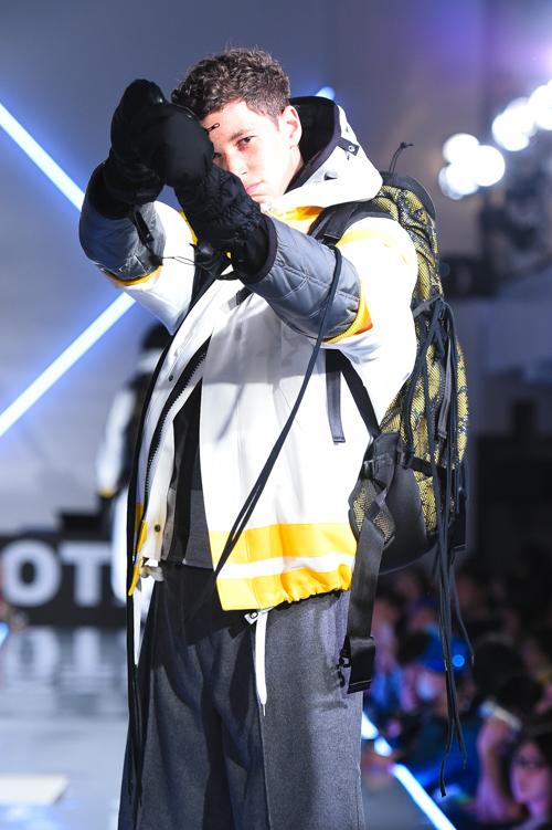 FW15 Tokyo Onitsuka Tiger × ANDREA POMPILIO015_Joslyn Whiteman(Fashion Press)
