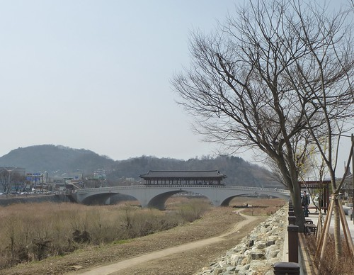 Co-Jeonju-Hanok-Pont Namcheon (10)