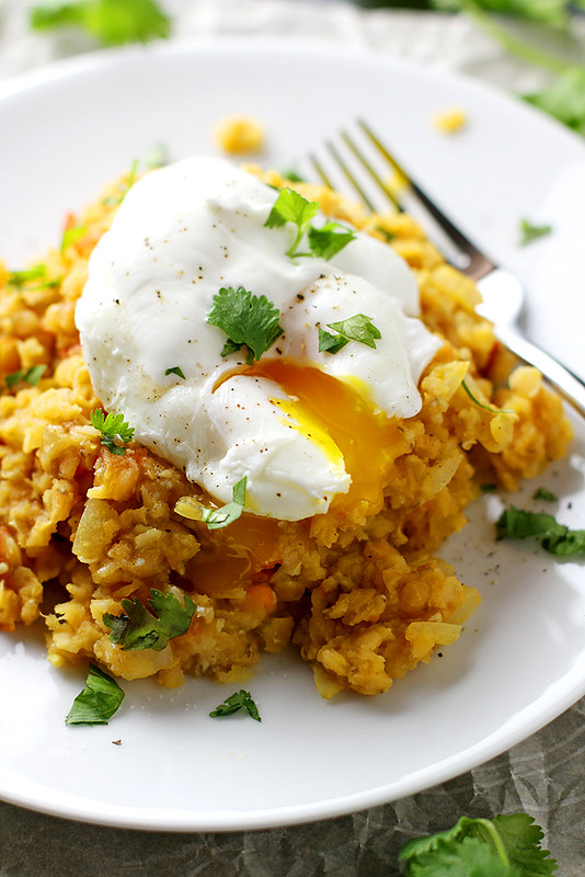 Spiced Lentils with Poached Eggs | girlversusdough.com @girlversusdough