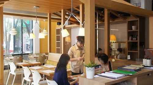 高雄排排饡排排讚!米蘭炸牛排在台灣也吃得到-餐廳一隅