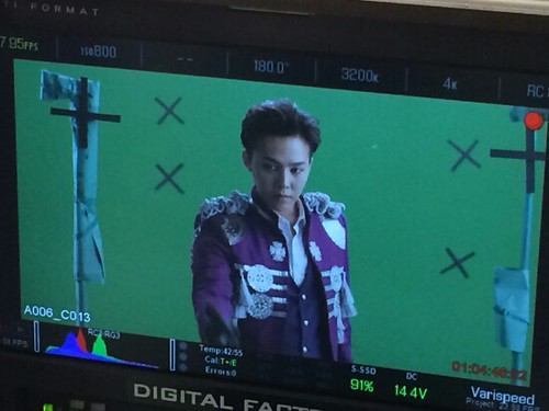 G-Dragon - Tower of Saviors - 2014 - BTS - 03