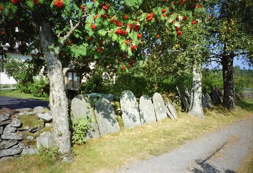eidskogchurch eidskogkirke norway norwegianchurch norskkirke norge church graves headstones graveyard tombstones tombstone matrandnorway