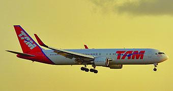 TAM B767-300ER (LATAM Airlines)