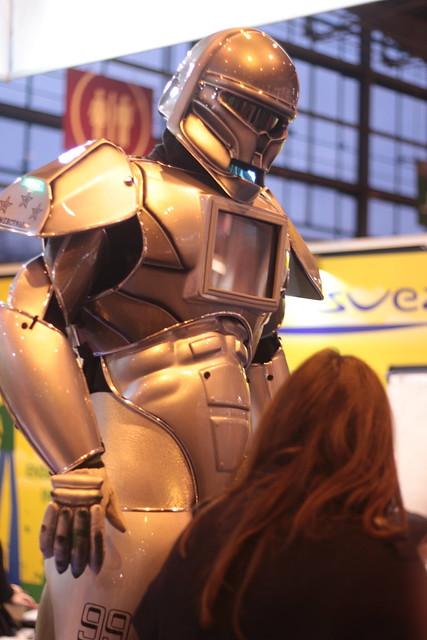 Robot EDF GDF-Suez - Salon du Livre de Paris 2015