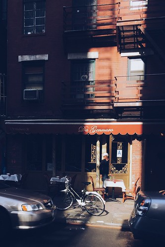 Found light, Little Italy