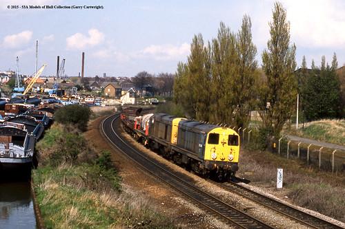 train diesel railway freight britishrail southyorkshire 20093 swinton 20035 class20