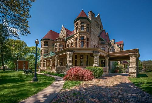 Newcomb-Stillwell Mansion
