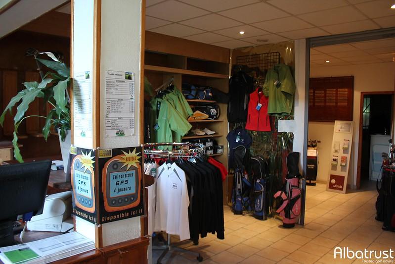 photo du golf Golf Club d Uriage - Club House - ProShop