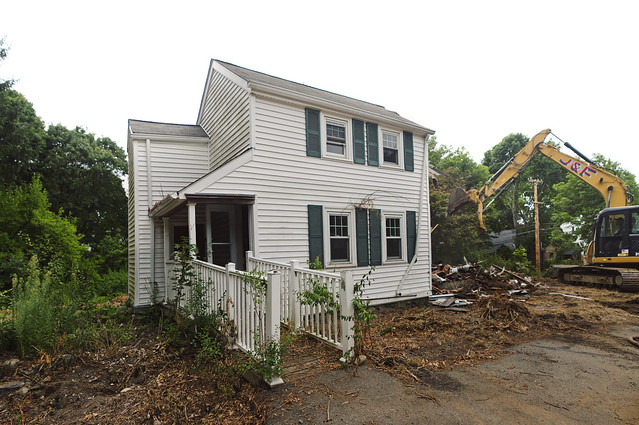 Tearing down the house on Prospect St; Wakefield, MA (2016)