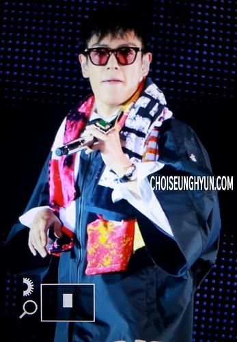 BIGBANG Osaka 10th Anniversary concert 2016-07-30 Day 2 (11)