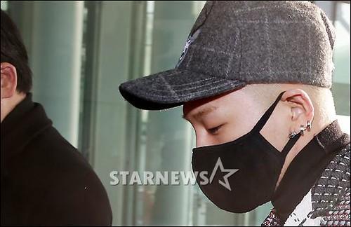 Tae Yang - Incheon Airport - 09jan2015 - Starnews - 01