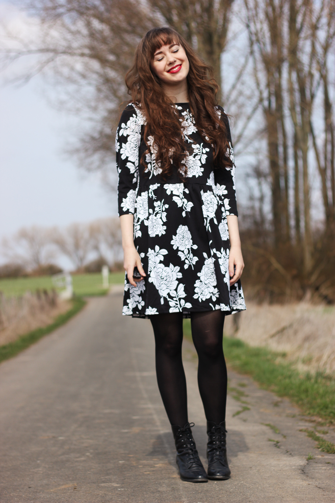 Floral dress - skater dress asos trend zara H&M spring summer