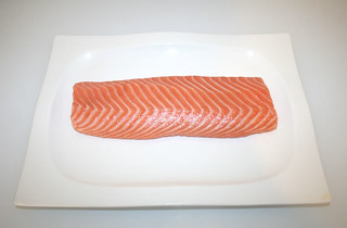 01 - Zutat Lachsfilet / Ingredient salmon