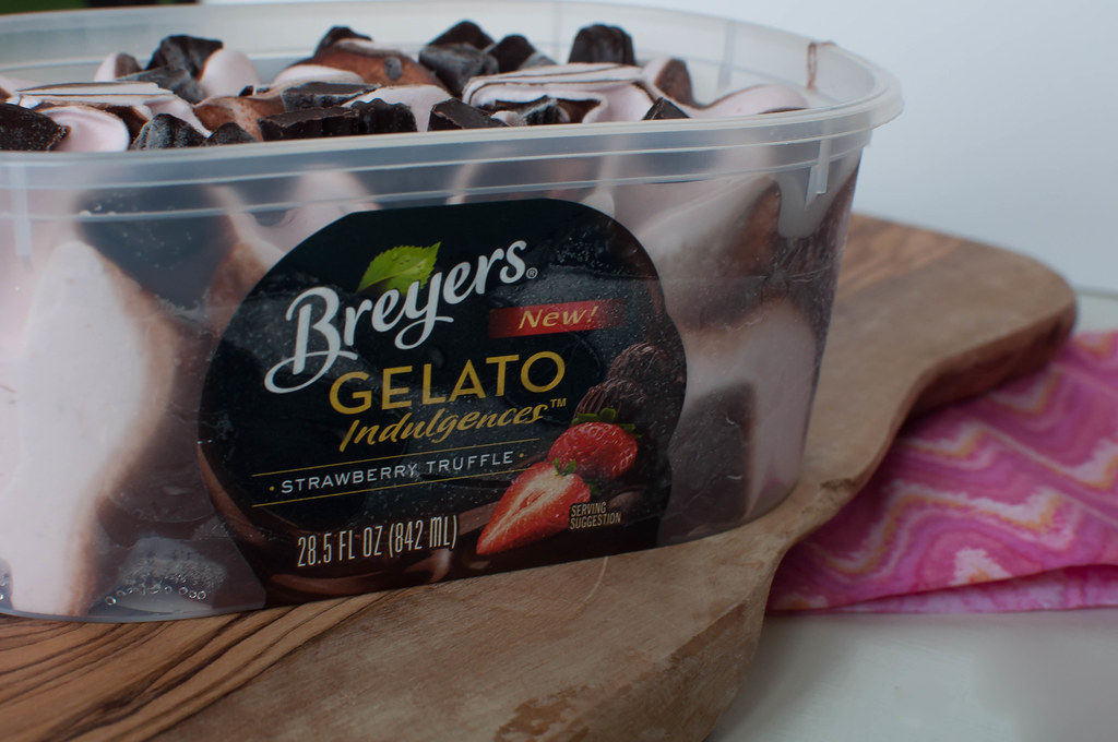 Unilever Ice Cream - Breyers Gelato Indulgences Strawberry Truffle 2