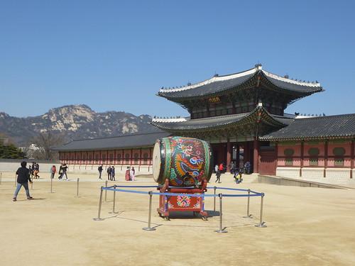 Co-Seoul-Palais-Gyeongbokgung-gardes (12)