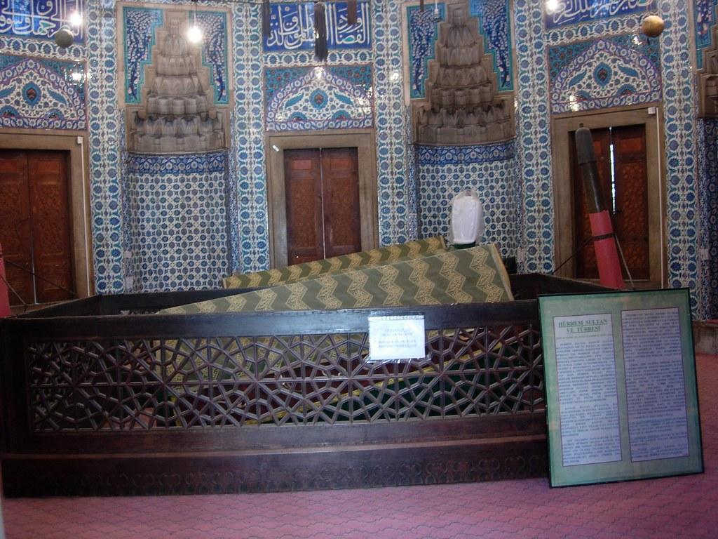 Tumba Suleiman