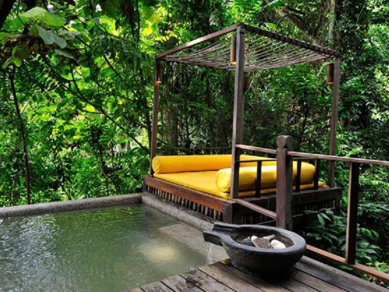 japalamala resort tree house pool