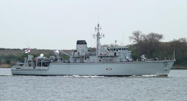 HMS Middleton M34 (8) @ Gallions Reach 24-04-15