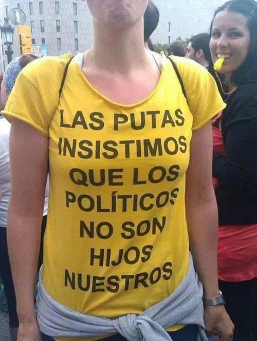 imagen graciosa de camiseta sobre los políticos