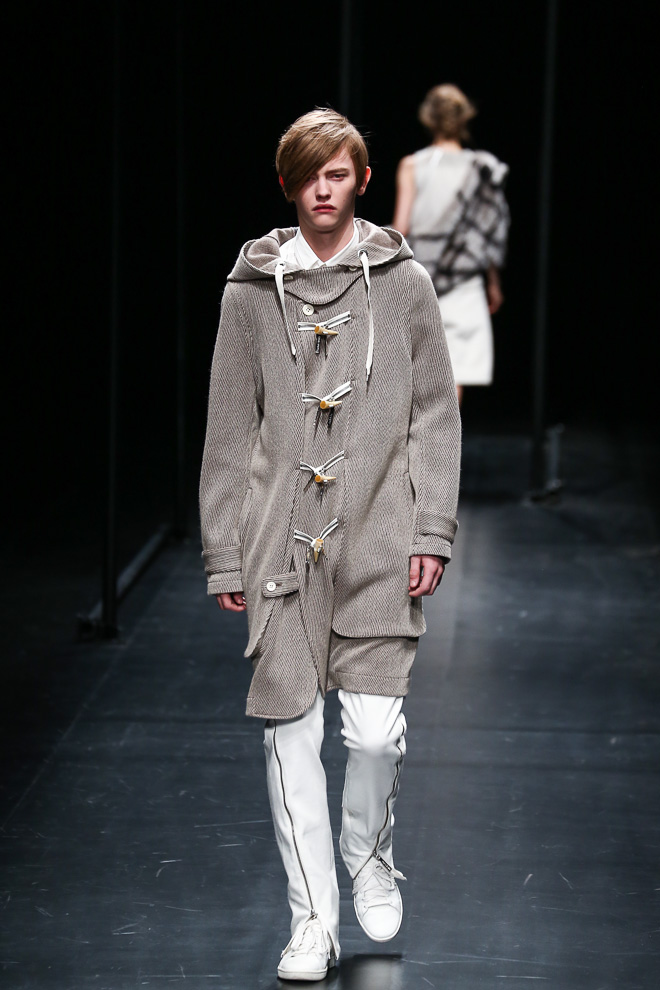 Robbie McKinnon3041_FW15 Tokyo A DEGREE FAHRENHEIT(fashionsnap.com)