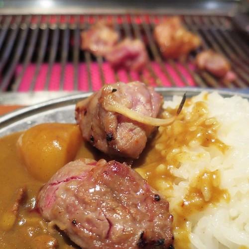 焼肉を載せていただくカラーライス。 #甘太郎 #焼肉食べ放題