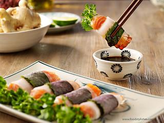 Salmon spring rolls with daikon wrap - Vietnam Food Stylist