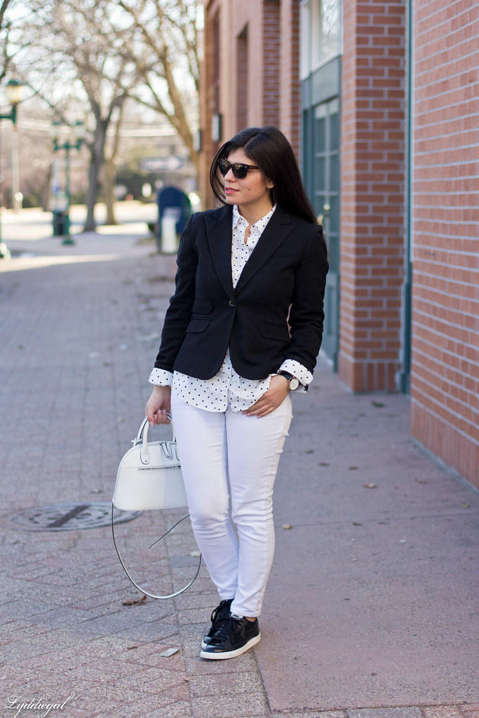 black blazer, polka dot shirt, white denim, trainers.jpg