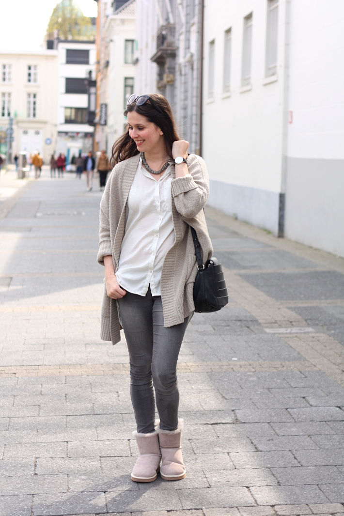 Casual outfit featuring Ugg Selene booties and oversized cardigan