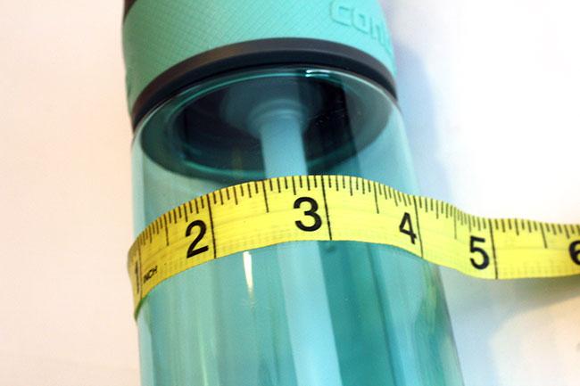Create_Measure-water-bottle