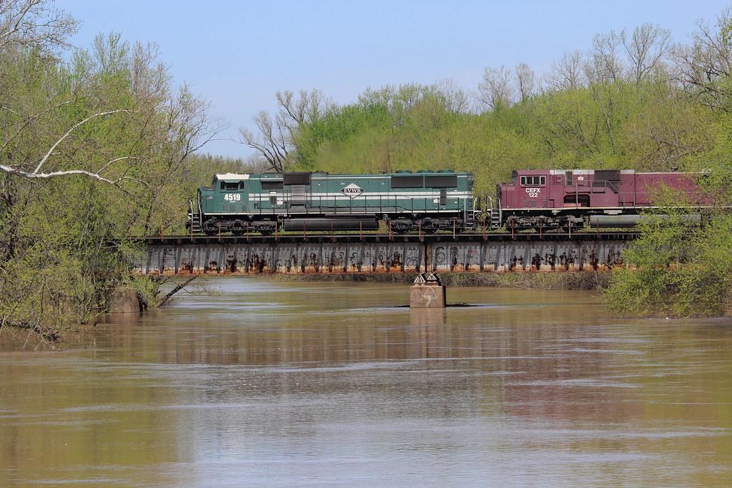 EVWR 4519, CEFX 122, LITTLE WABASH RIVER, CARMI, IL