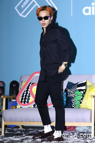 G-Dragon - Airbnb x G-Dragon - 20aug2015 - dongA - 06