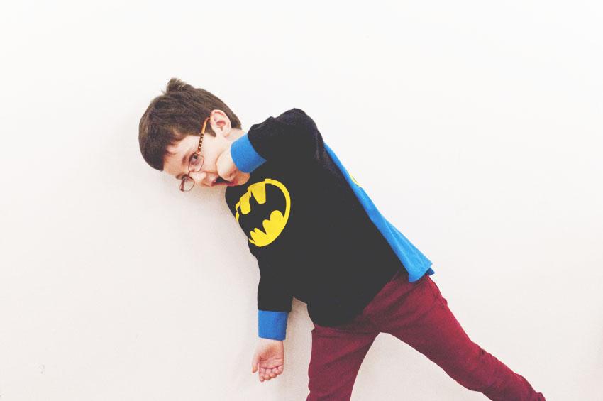 {45/52 Litel Pipol} Batman