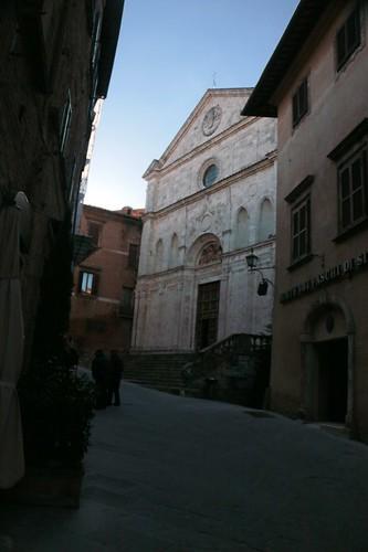 Montepulciano: chiesa