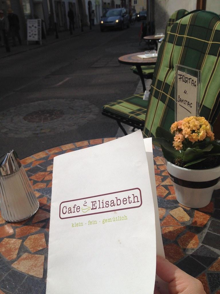 Café Elisabeth in der Göglstraße © diekremserin