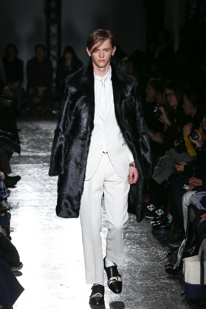 Robbie McKinnon3031_FW15 Tokyo 5351 POUR LES HOMMES ET LES FEMMES(fashionsnap.com)