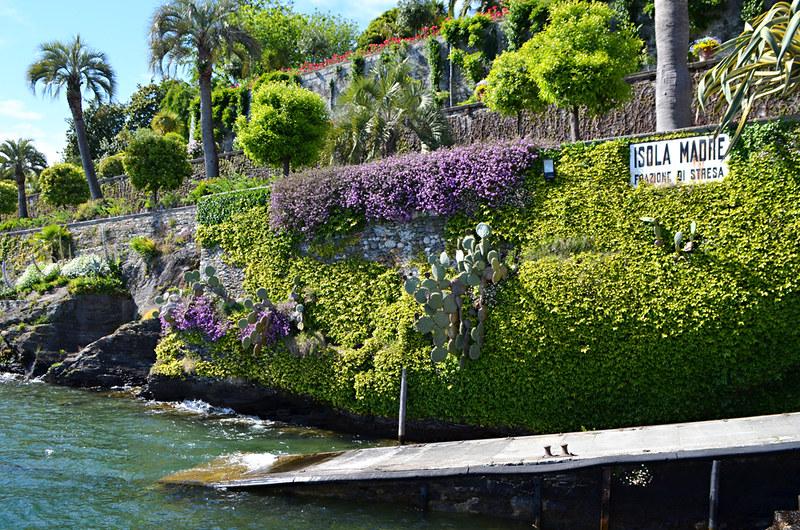 Jetty Isola Madre, gardens, Lake Maggiore, Italy