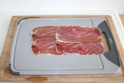 26 - Parmaschinken auslegen / Spread parma ham