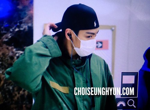 BIGBANG (wout Seungri) arrival Seoul Gimpo from Beijing 2016-01-02 (21)