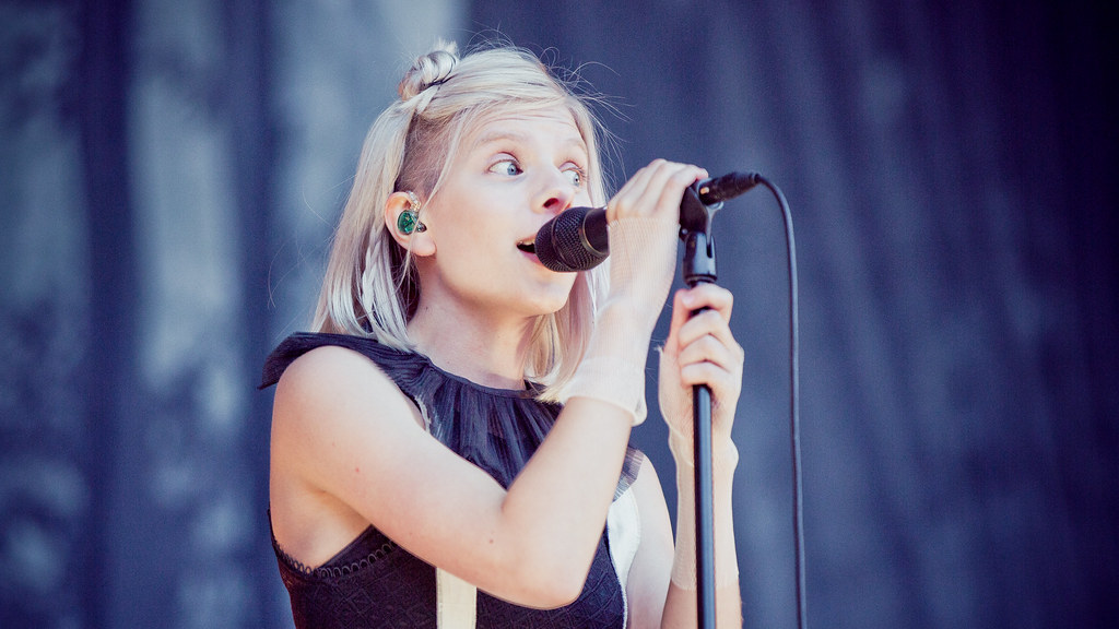 Aurora Aksnes - Øyafestivalen 2016