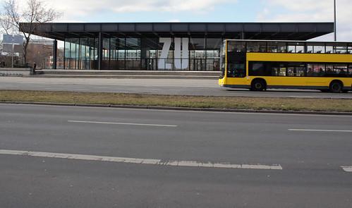 Die Neue Nationalgalerie ist ZU