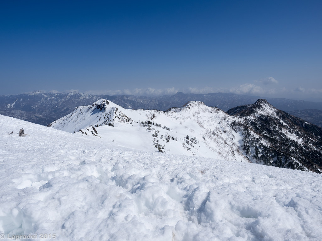 中ノ岳、家ノ串山、剣ヶ峰
