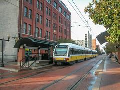 20061110 04 DART West End station