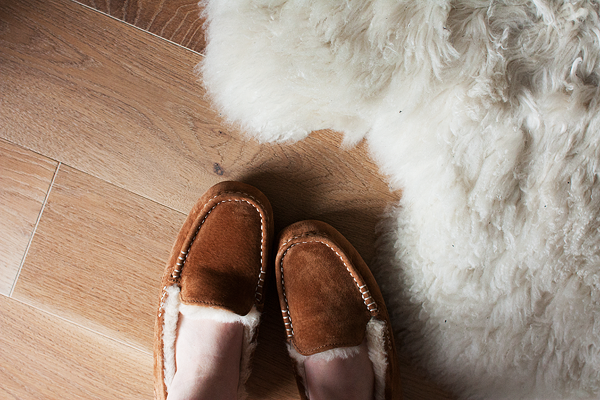 ugg-slippers-1