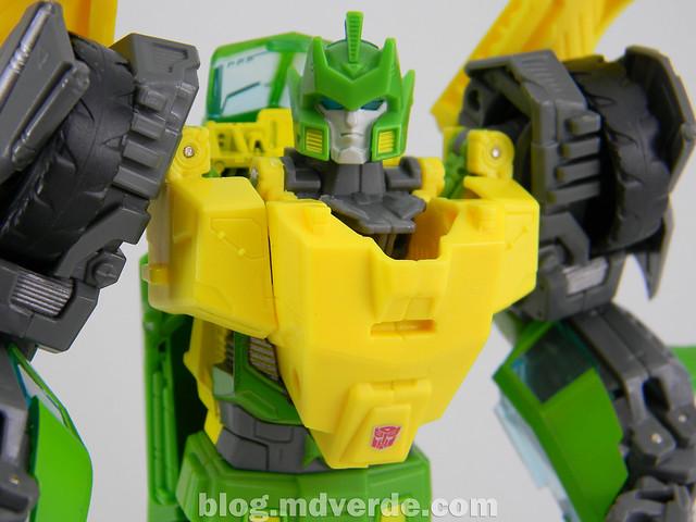 Transformers Springer Voyager - Generations - modo robot