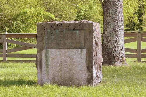 monument tn tennessee dar marker 1927 wynnewood sumnercounty castaliansprings bmok tn25 bmok2 thomassharpspencer thomasbigfootspencer